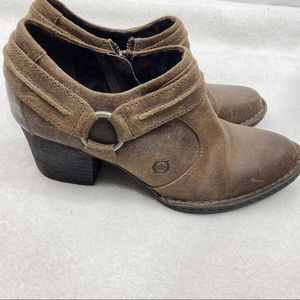 Born ankle booties brown leather